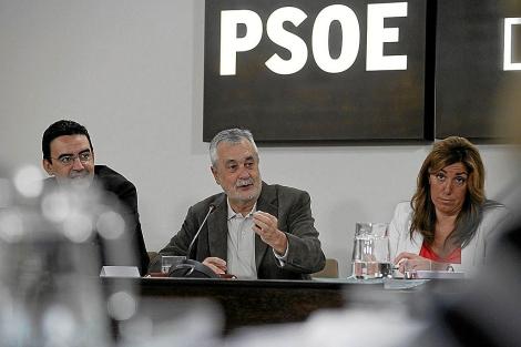 Díaz y Griñán, durante una reunion del Consejo Territorial del PSOE-A. | Jesús Morón