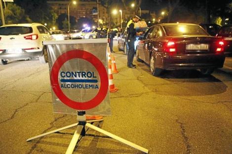 Control de alcoholemia nocturno en Sevilla. | Jesús Morón