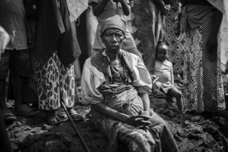 Un grupo de refugiados, en el campo de Mugunga (Goma, RD Congo) | A. R MÁS FOTOS