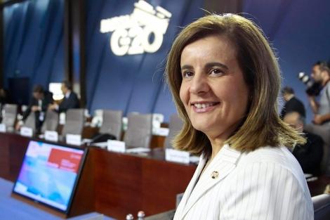 La ministra española de Empleo y Seguridad Social, Fátima Báñez. | Efe