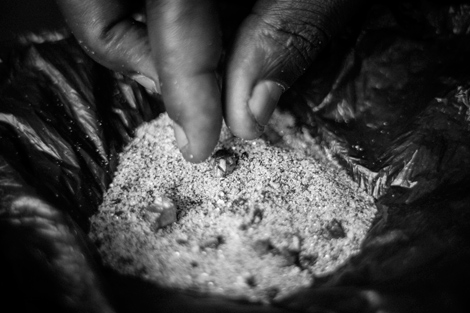 Mezcla de coltán, manganeso y oro. | Raquel Villaécija