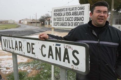 Jose Maria Sainz Lozano, alcalde de Villar de Cañas. | Alberto Cuellar