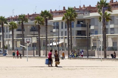 Apartamentos en Patacona (Valencia) a pie de playa. | Benito Pajares