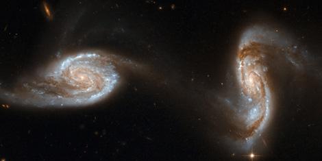 Las galaxias enlazadas 'Arp240'. | NASA / ESA / HST