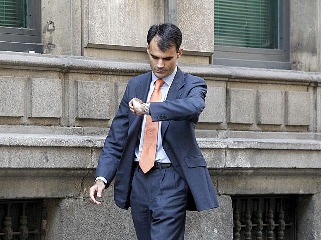 El juez Pablo Ruz caminando por los alrededores de la Audiencia Nacional. | Sergio González
