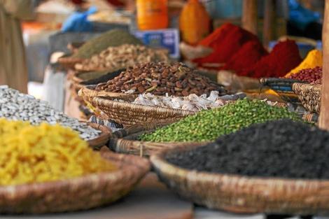 Mercado de Marrakech con legumbres. | Paul Prescott