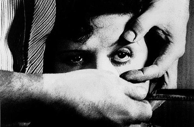 Fotograma de 'Un perro andaluz', de Luis Buñuel.
