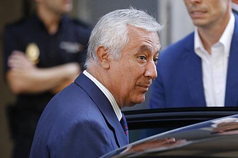 Javier Arenas, tras su declaración. | Juan Medina / Reuters