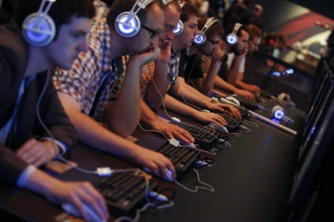 Primeros visitantes de la Gamescom.| Reuters