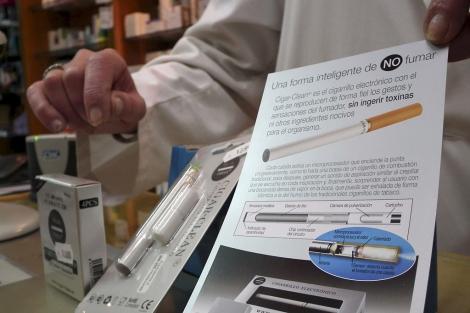 Accesorios de cigarrillos electrónicos. | Manuel Cuevas