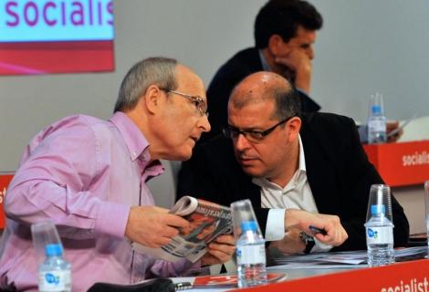 Montilla y José Zaragoza en una Ejecutiva del PSc en una imagen de archivo. | S. Cogolludo