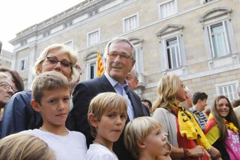 Trias formando parte de la cadena humana independentista. | Jordi Soteras