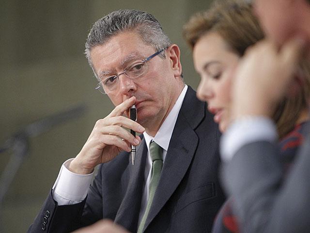 El ministro de Justicia, Alberto Ruiz-Gallardón, en rueda de prensa. | Carlos Barajas