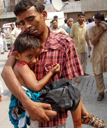 Imagen de un niño herido en el atentado