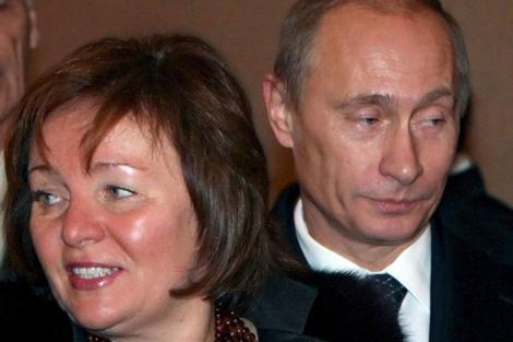 Putin con su ex mujer.| Efe