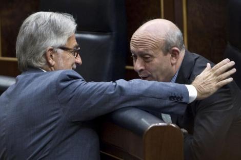 Sánchez-Llibre junto a Wert en el Congreso. | Alberto Di Lolli