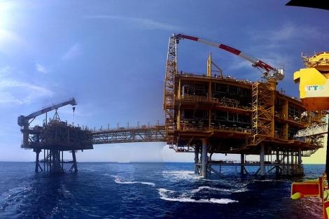 Plataforma marina del proyecto Castor en la costa de Vinaròs. | E. F.