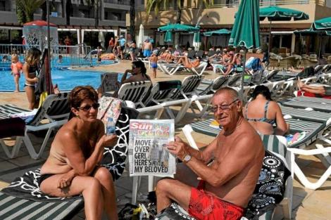 Turistas rusos en un hotel de Barcelona.   EL MUNDO