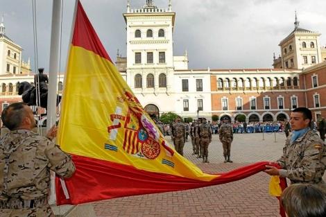 Militares el Día de las Fuerzas Armadas.   EL MUNDO