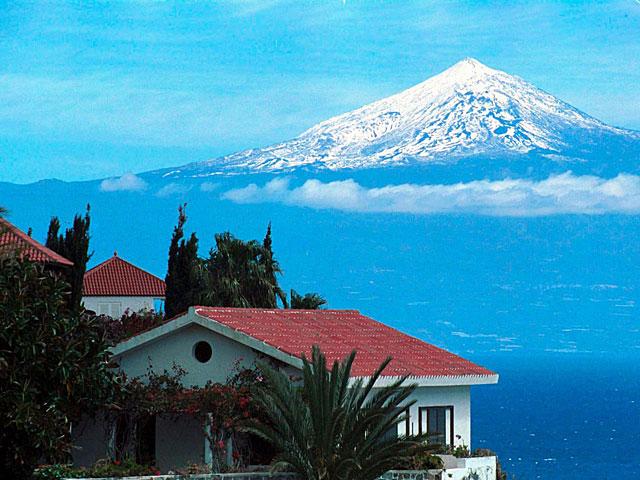 El Teide visto desde La Gomera. | Pepe Torres