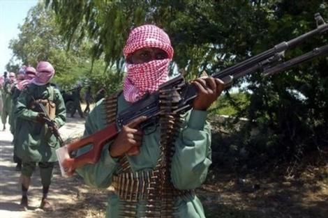 Miembros de Al Shabab durante unos ejercicios de entrenamiento.