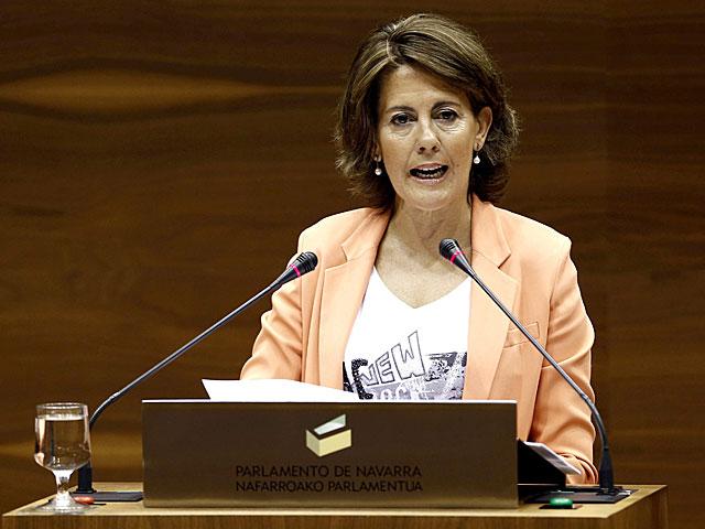 La presidenta de Navarra esta mañana en el Parlamento foral. | Jesús Diges / Efe
