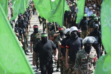 Militantes de Hamas, durante una concentración en el centro de la Franja.   Efe