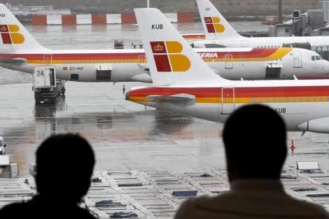 Aviones de Iberia en Barajas.   Efe