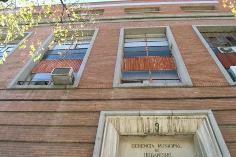 Fachada de la vieja sede de Gerencia de Urbanismo de Madrid, en el distrito de Chamartín. | E. M.