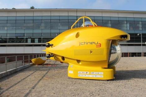 El submarino podrá bajar hasta 1.200 metros de profundidad. | EM
