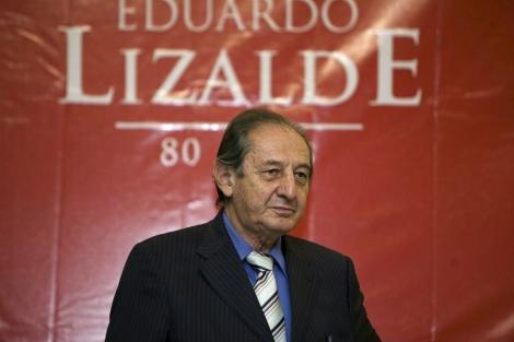 El escritor mexicano en un acto en el Palacio de Bellas Artes de Mexico City.   A. Nava