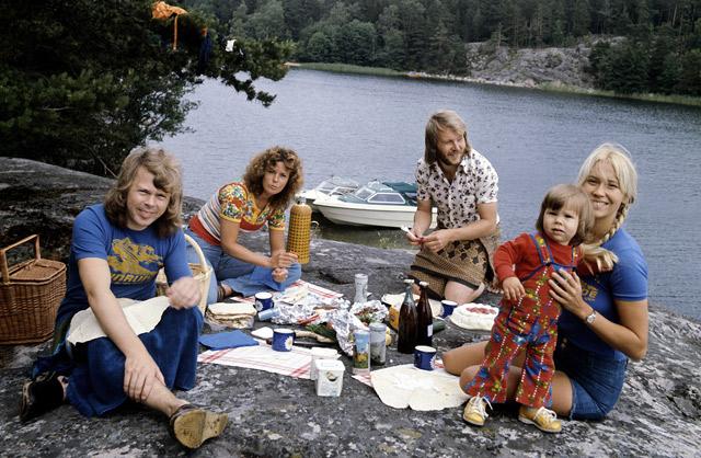 Björn, Agnetha, Frida y Benny, en 1974.