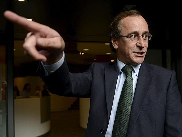 El portavoz del PP en el Congreso, Alfonso Alonso, ayer en Génova. | Bernardo Díaz