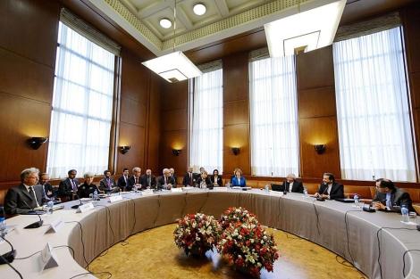 Las delegaciones de Irán y de las potencias occidentales, reunidas en Ginebra. | Reuters