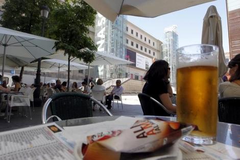 Una terraza de un bar en Madrid. | Carlos Barajas