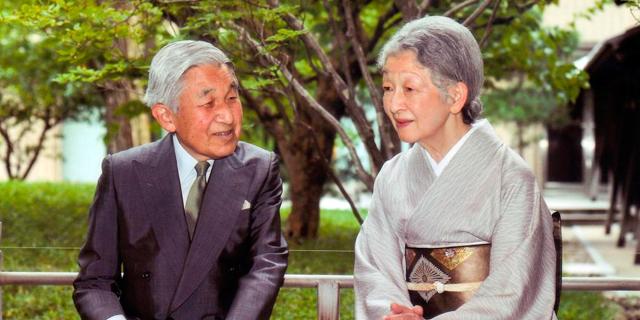 El emperador Akihito y la emperatriz Michiko en el Palacio Imperial de Tokio en septiembre. | Reuters
