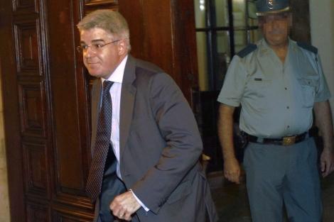 José López Jaraba, ex director general de RTVV saliendo del TSJ. | Efe