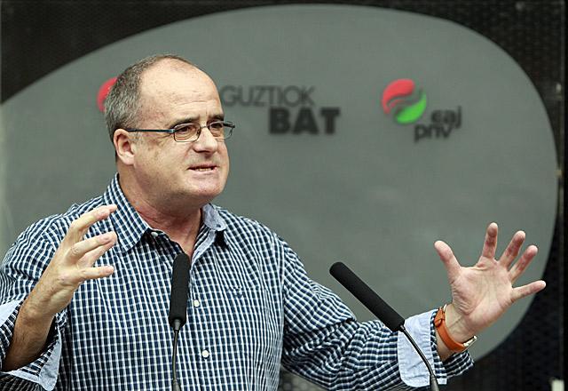 El presidente del PNV de Gipuzkoa, Joseba Egibar , interviniendo en un acto político del partido. | Efe