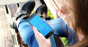 El uso de pantallas incrementa la miopía en adolescentes