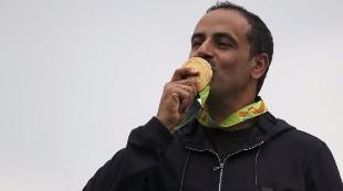 Un oro sin bandera por primera vez en la historia