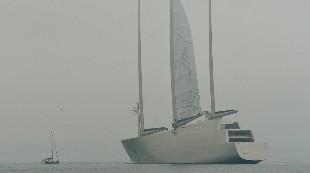 El velero más grande del mundo, ¿atrapado en el Báltico?