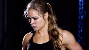 La espectacular transformación de la reina de UFC