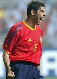 Hierro, con la selección española. (Foto: EFE)
