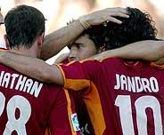La celebración del gol de Jandro, el primero del Celta. (Foto: EFE)