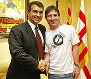 Messi y Laporta. (Foto: REUTERS)
