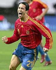 Luis García se dio un fiesta con tres goles. (Foto: EFE)