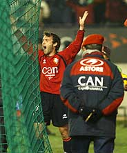 Romeo celebra su gol, el segundo del Osasuna. (Foto: AFP)