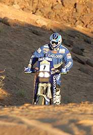 Cyril Despres, durante la etapa. (Foto: AFP)