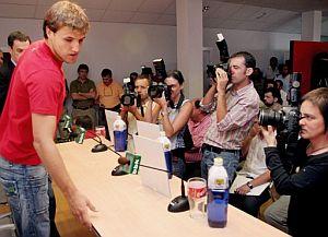 Gurpegi, momentos antes de comparecer ante los medios. (Foto: EFE)