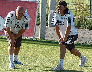 Thomas Gravesem entrena en Valedebebas con Pablo García. (Foto: EFE)